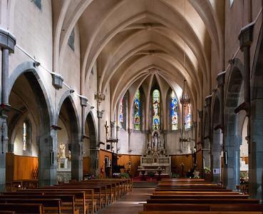 Castellane, kyrkan