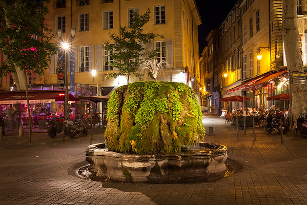 Fontaine, Provence, France, 2013