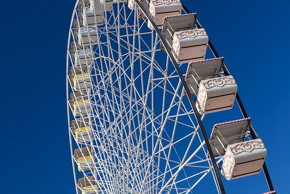 Ferris wheel, Avigon, Provence, France, 2013