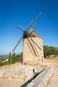 Wind mill, Provence, 2017