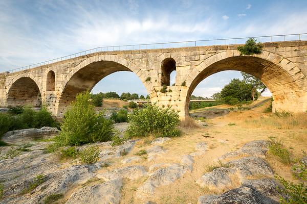 Pont Julien, Provence, 2017