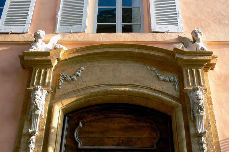 Aix Doorway