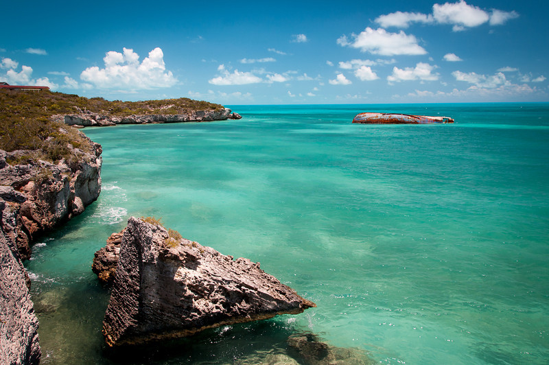 Shipwreck off Sapodilla Bay Point