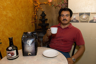 Efren Vega Simont at his Colbrí Café in El Parián