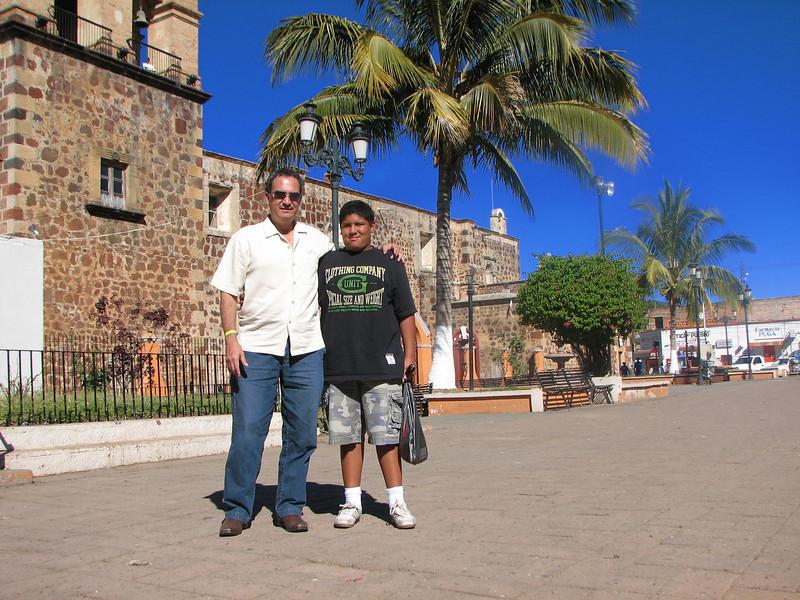 In front of the church.<br /> <br /> Frente a la iglesia.
