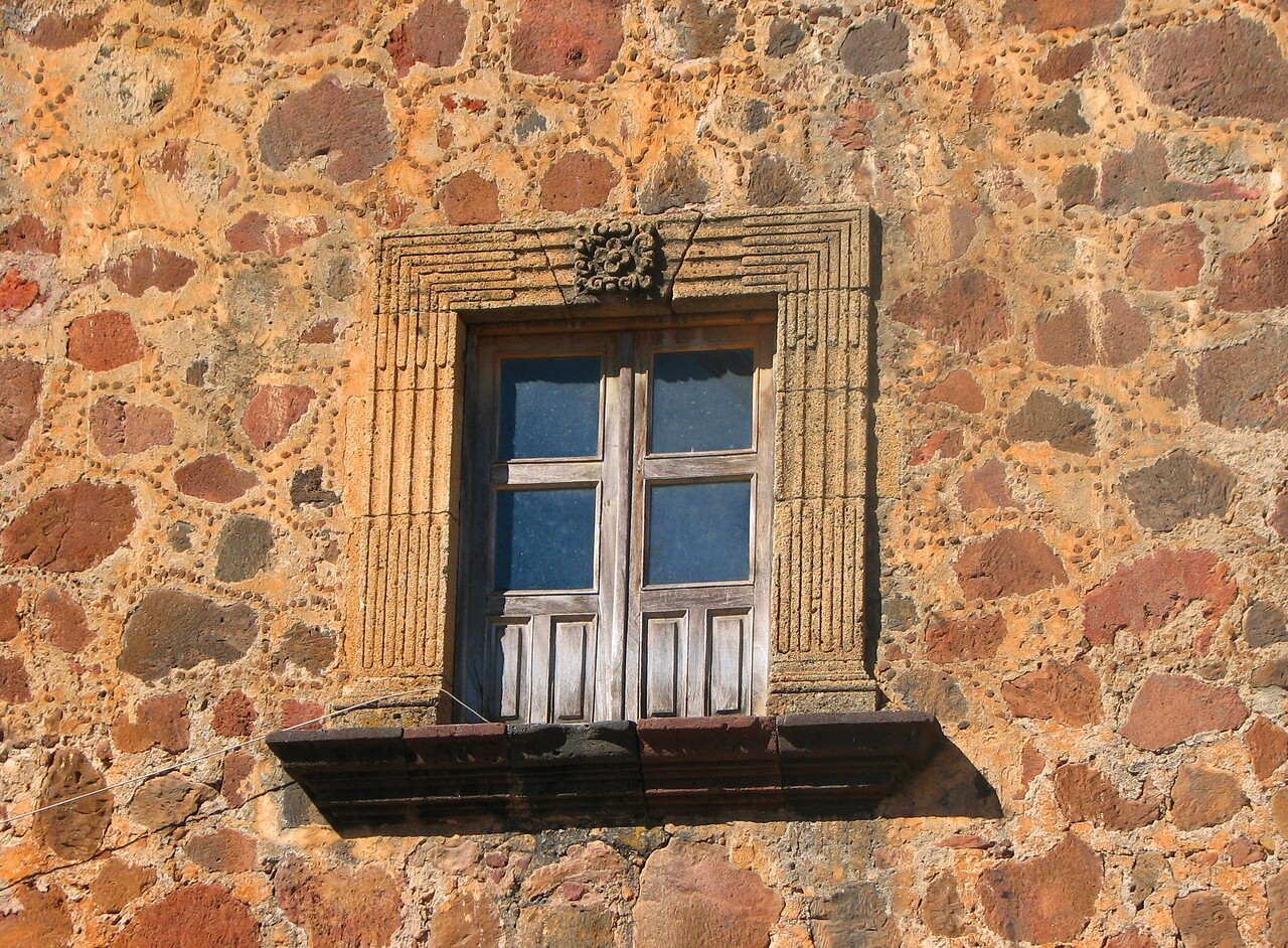Gorgeous window.<br /> <br /> Hermosa ventana.