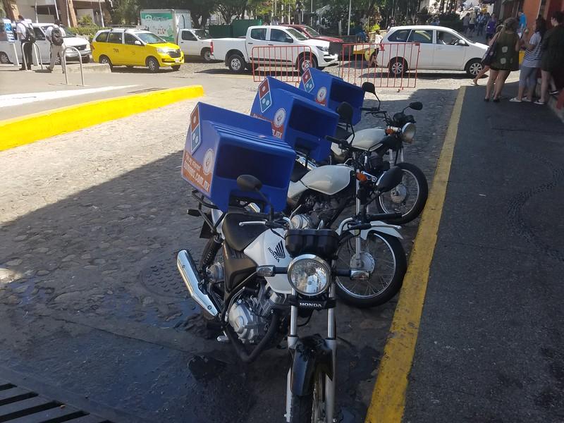 Pizza delivery in Puerto Vallarta