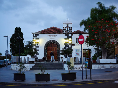 Parraquia de San Amaro. Puerto de la Cruz by night