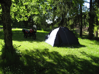 Camping at the Caudiol municipal camp site at the east of the Dordogne, very beautiful little village and campsite