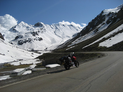 Going over the mountains into Spain, i was really low on Petrol here and as i went through the tunnel into Spain i was real glad to find a Repsol station