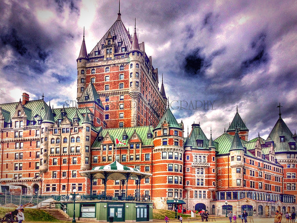 CHATEAU FRONTENAC, QUEBEC, iPHONE 5