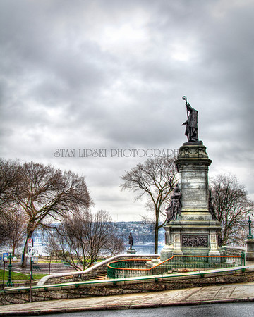 MONUMENT MGR LAVAL, QUEBEC, CANADA