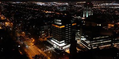 Vue nocturne sur le haut plateau et les boulevards de Québec