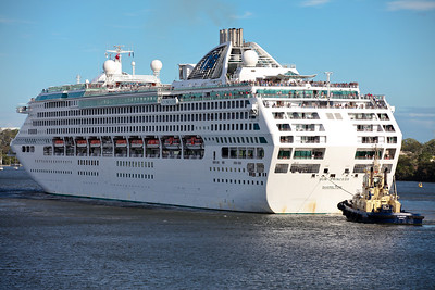 The Queen Mary II and Sun Princess Ships visit Brisbane on the same day; Luggage Point & Hamilton, Brisbane, Queensland, Australia; 16 February 2012. Photos by Des Thureson - http://disci.smugmug.com.  - The Sun Princess at, or departing from, the Hamilton, Brisbane, Port.