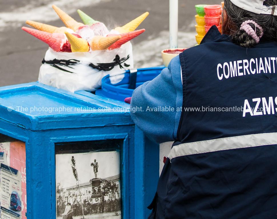 Quito-Historic Centre-street scenes-04441-2