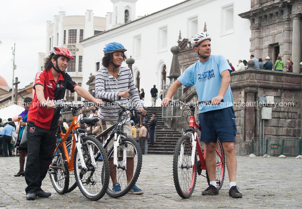 Quito-Historic Centre-street scenes-04445-2