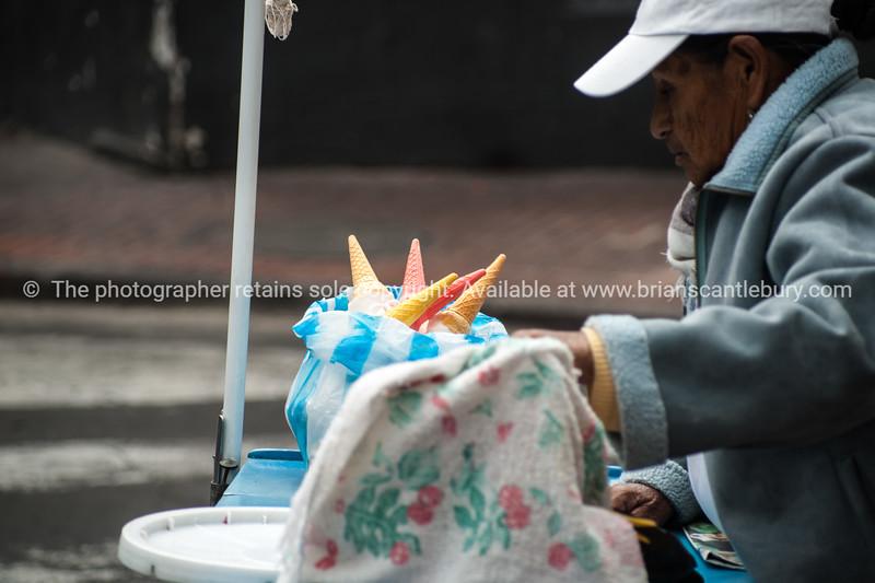 Quito-Historic Centre-street scenes-4407-2