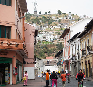 Quito-Historic Centre-street scenes-4417-2