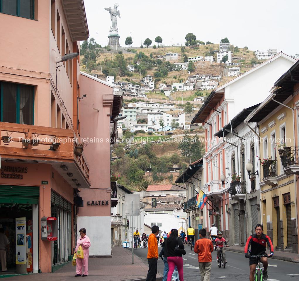 Quito-Historic Centre-street scenes-4417-2