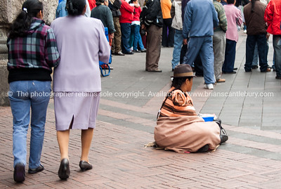 Quito-Historic Centre-street scenes-04438-2