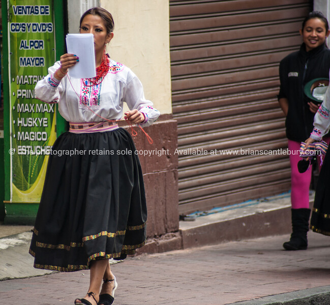 Quito-Historic Centre-street scenes-04431-2