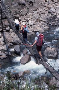 Bridge over the Tamba Khosi during the walk-in