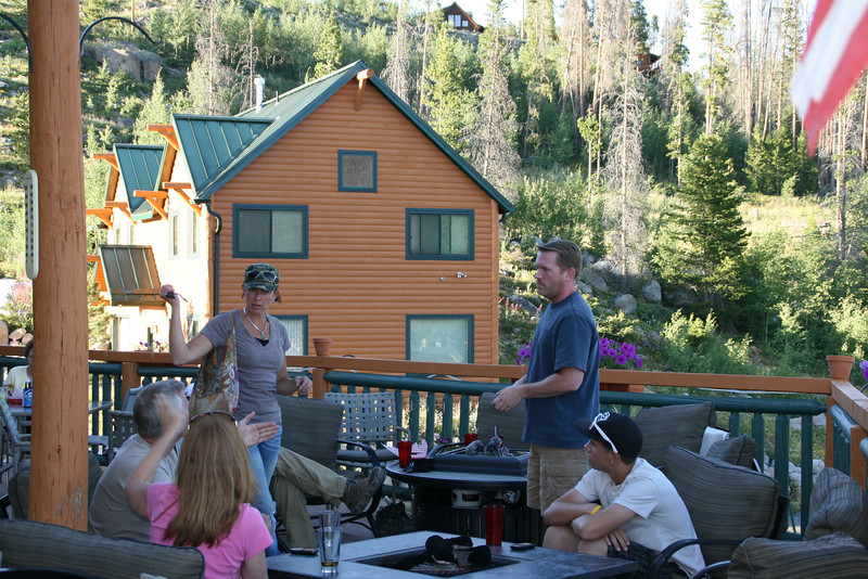 We met my friend Sonya (in the hat) and Kurt's friend Phil (in the blue) in Grand Lake.
