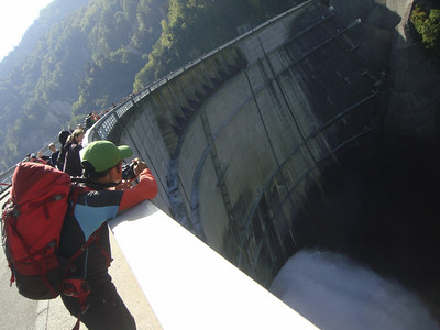 Tom on the Kurobe dam.