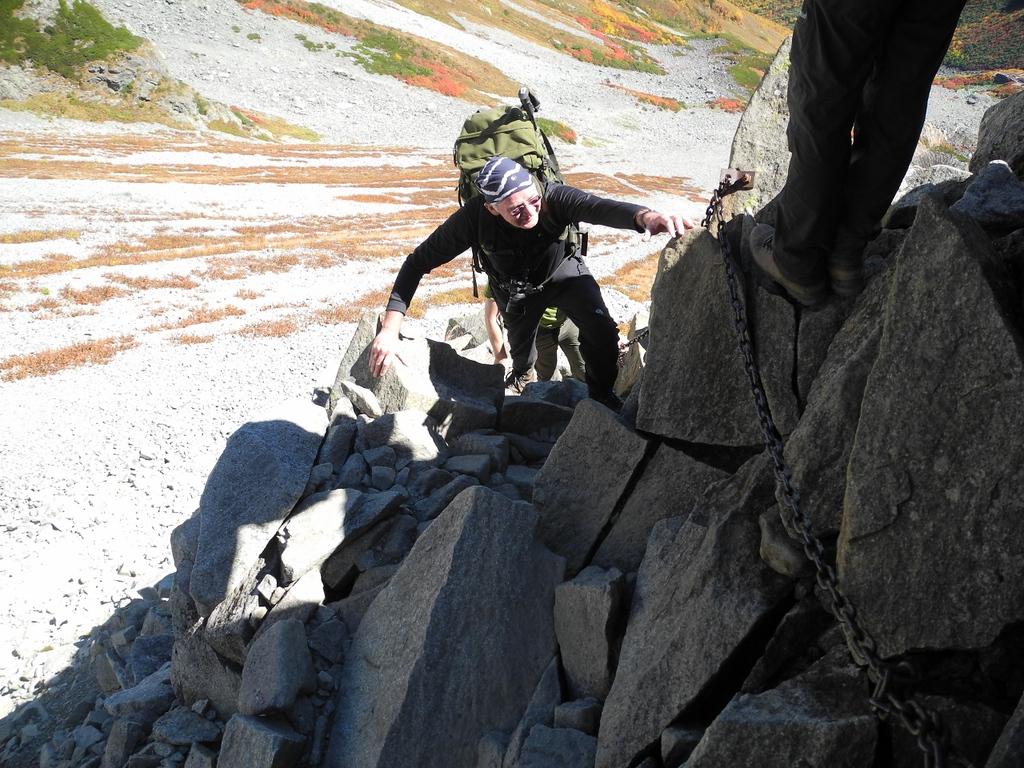 The ridge climb above Karasawa.