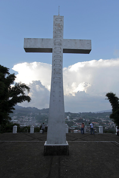 This cross on the high hill which overlooks the  city of Conception de  Ataco.