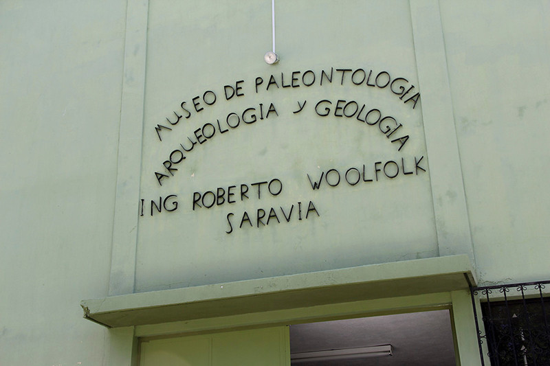 In route to Guatemala city, we stopped at a Paleontology museum.