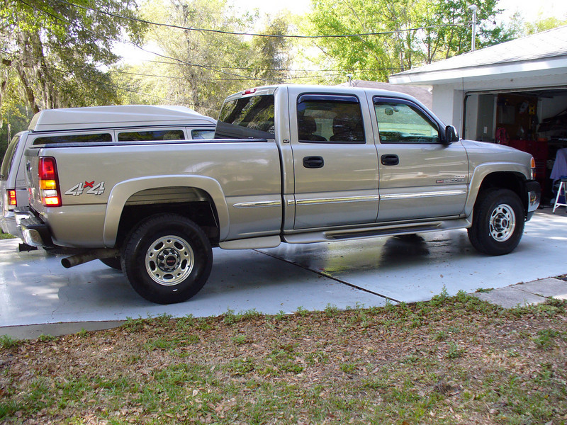 2002 GMC diesel to pull our new home