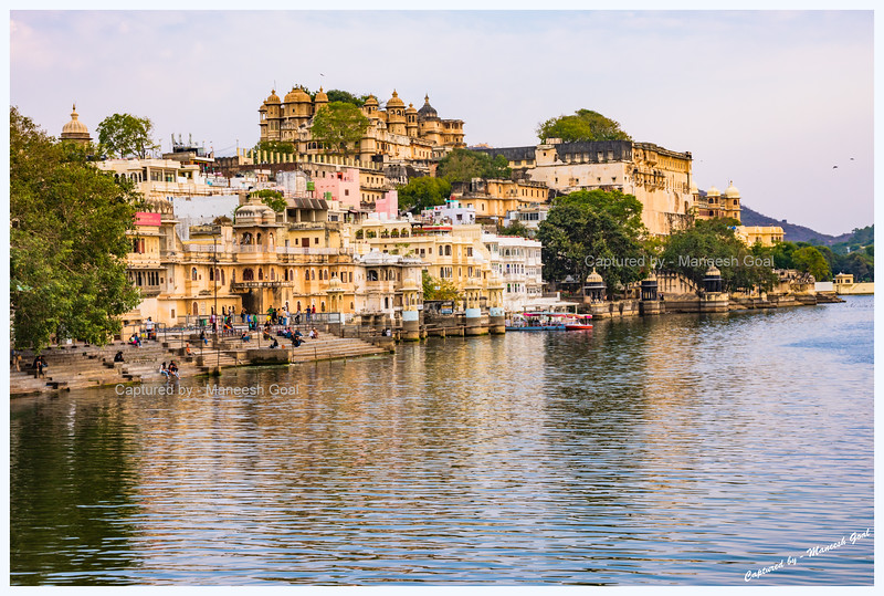 View of Gangaur Ghat, located on the banks of Lake Pichola, from Chand Pol Bridge, Udaipur