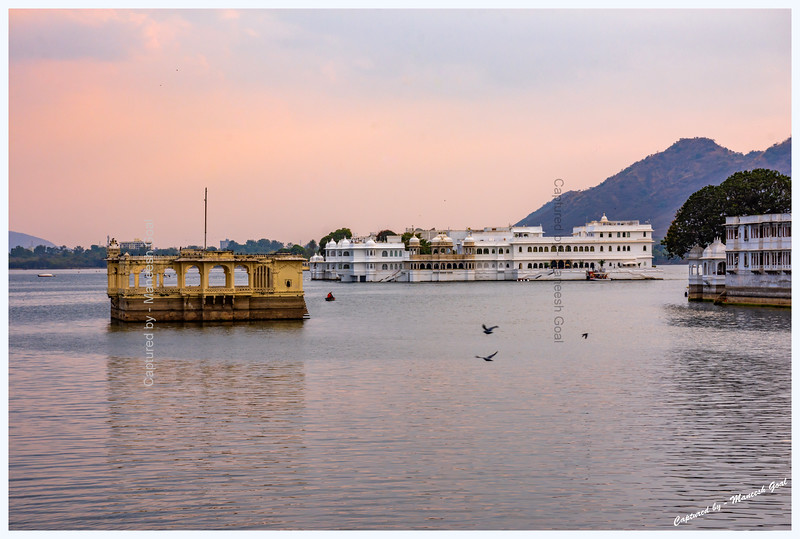 View of Lake Palace, located on an island in Lake Pichola, from Chand Pol Bridge, Udaipur