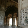 These mosaics in white marble are similar to the Taj.