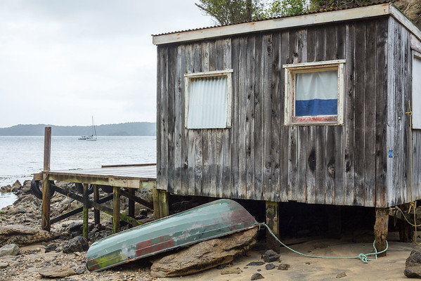 Boat shed at Golden Bay, Rakiura