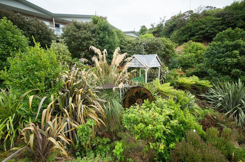 The front garden of Greenvale Bed and Breakfast