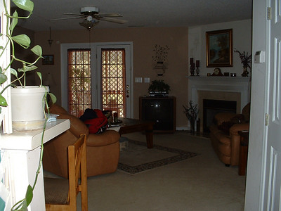 June 2005 - Raleigh, North Carolina - Inside Lynn's home