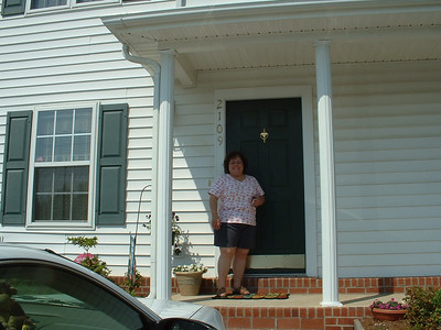 June 2005 - Raleigh, North Carolina - Lynn Sullivan on her front porch