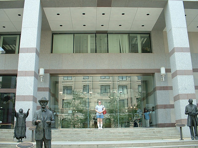 June 2005 - Raleigh, North Carolina - downtown trip to museum - me on front steps