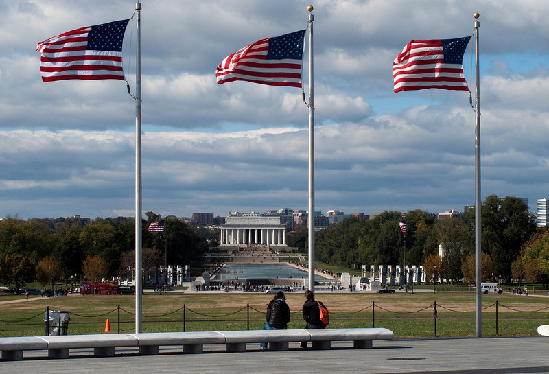 Lincoln Memorial in a strong wind