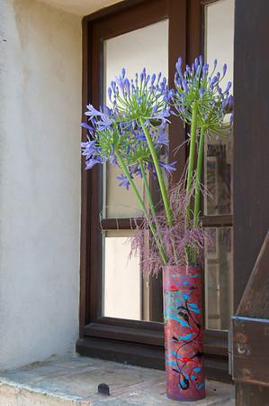 window sill bouquet