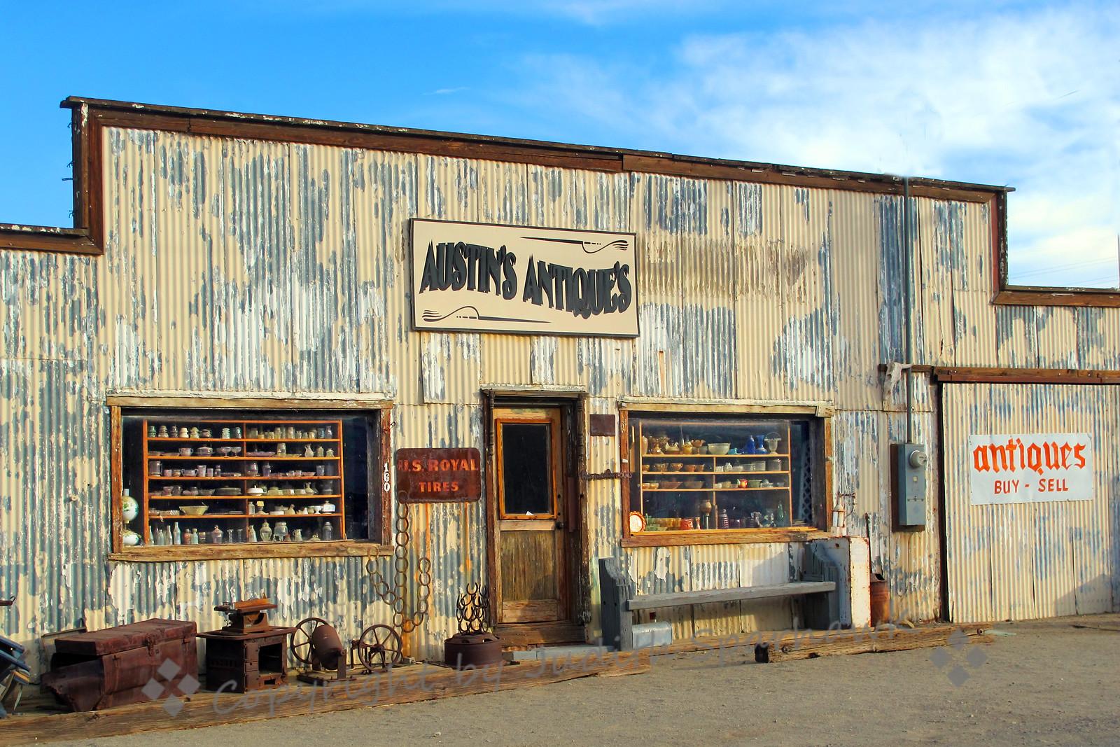 Austin's Antiques