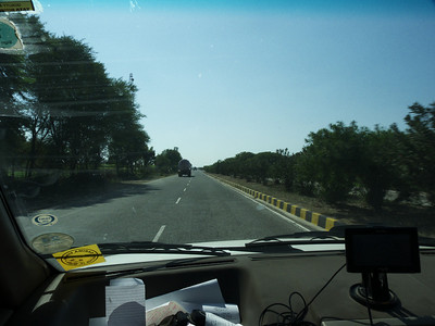 Taken at Latitude/Longitude:24.784763/74.510408. 3.07 km North-West Kanauj Rajasthan India  (Map link)