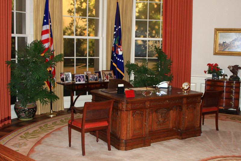 Full size replica of Reagan's Oval Office