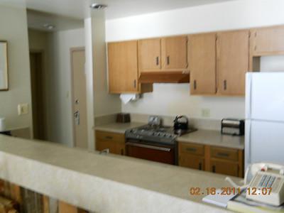 Full kitchen room