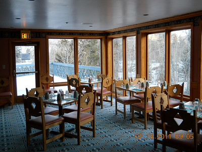 There are two Dining rooms in the Kiwi and will serve menu food in the lunch and evening