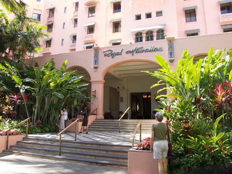 Another photo op at the Royal Hawaiian.
