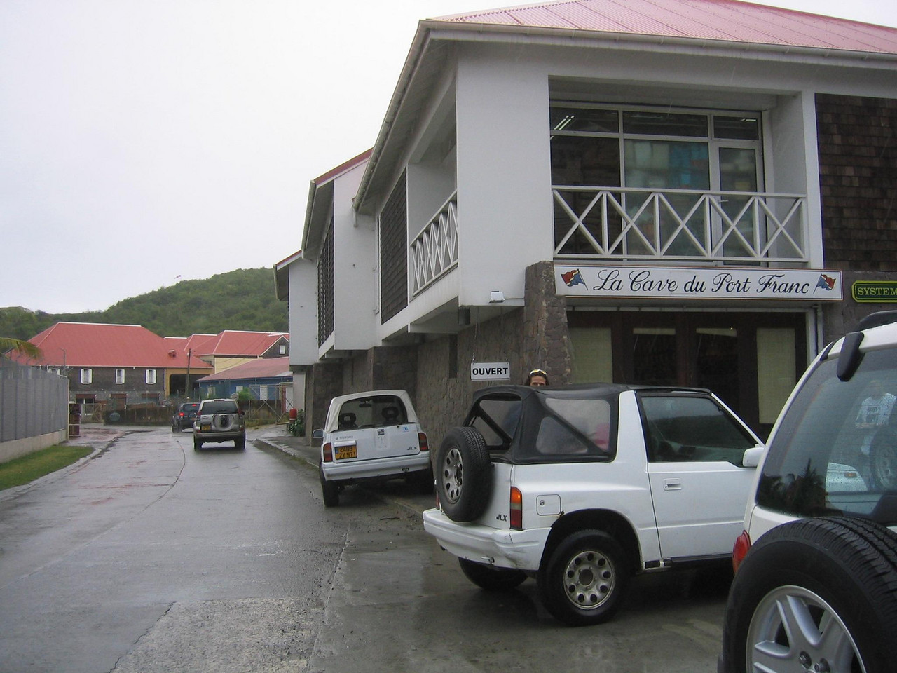 The outside of the store as you whiz by on your way from Gustavia to the airport. (geotagged)