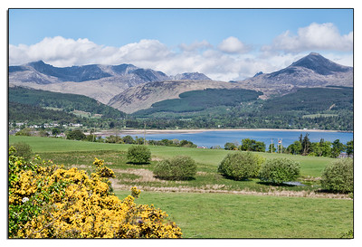Goatfell is the high peak on the right, just under 3000 feet. It towers over Brodick Bay.